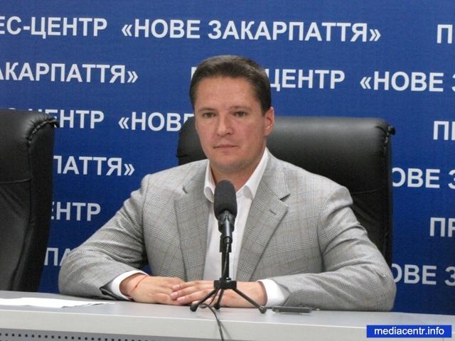 Степан Деркач: «200 гривень за голос виборця – це 2 копійки в день на період каденції депутата. Ви хочете так жити, земляки?»