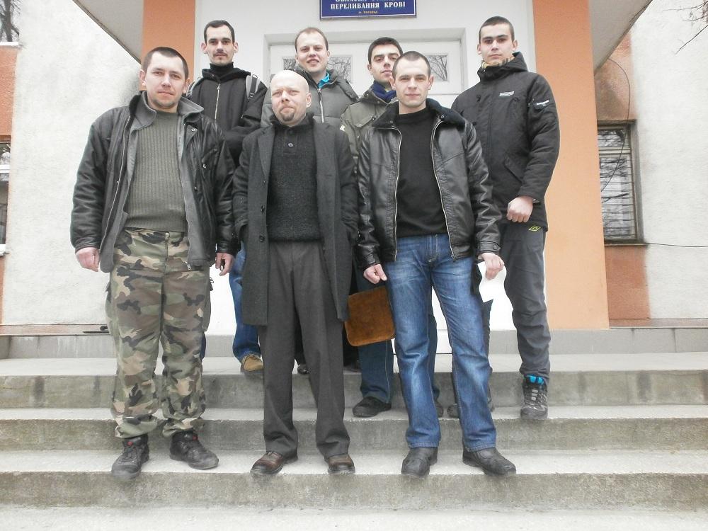 Закарпатські націоналісти стали донорами