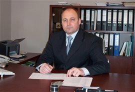 У 2005 р. Закарпатська«Батьківщина» люструвала єдиного кандидата від Об'єднаної опозиції  Бібена, як пособника режиму Януковича