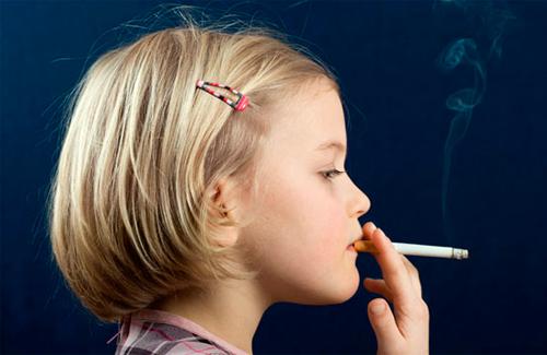 Через продаж сигарет неповнолітньому ужгородського підприємця позбавлять ліцензії