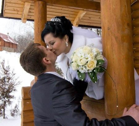 Всі наречені дуже добрі, та все ж звідки беруться злі дружини?