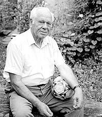 Найстаріший футболіст Закарпаття відсвяткував 90-річний ювілей