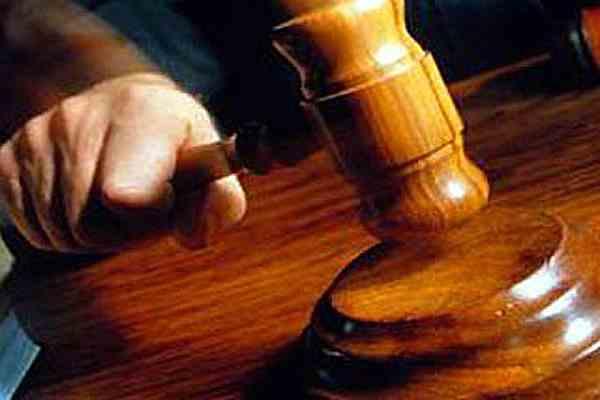 В Ужгородському міськрайонному суді нові служителі феміди
