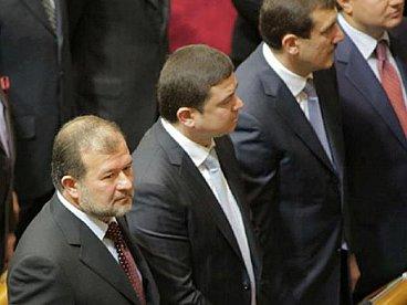 Брати Балоги не голосували за відставку уряду Азарова