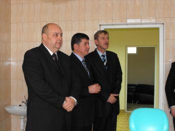 Проректора УжНу Пересту виключили з балогівської партії