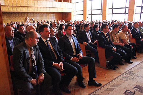 Як представляли нового голову Хустської РДА (фото)