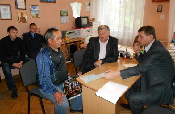 Керівництво іршавської міліції здійснює виїзні прийоми громадян