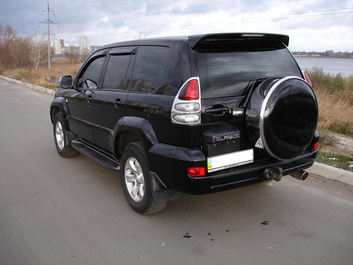 """Із """"Сонячного Закарпаття""""  викрали київську «Тойоту Прадо»"""
