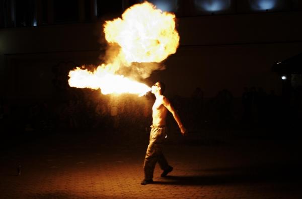 Ужгород у вогні (фото, відео)