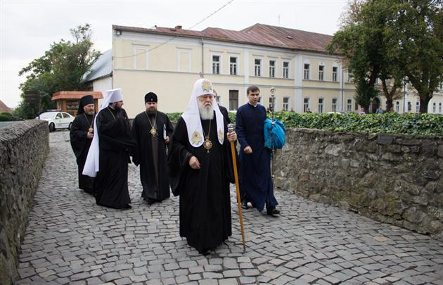 Патріарх УПЦ КП Філарет прибуває на Закарпаття