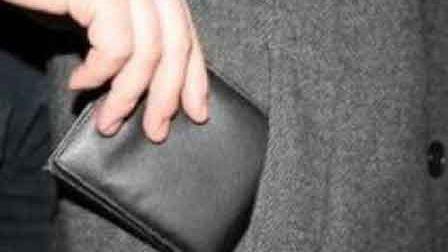 Закарпатські діти викрили вчительку-крадійку (ВІДЕО)