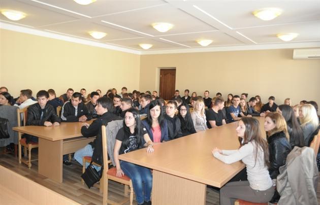 Ужгородська міліція уточнила інформацію про зниклу студентку коледжа