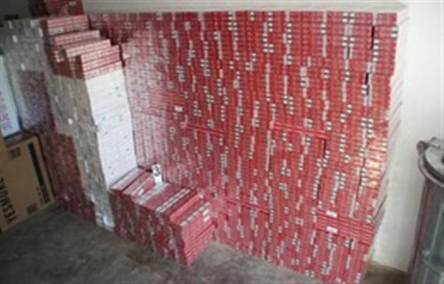 """На Закарпатті автоматники захоплюють склади з """"лівими"""" сигаретами"""