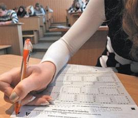 П'ятьох закарпатських випускників не допустили до складання ЗНО через мобільники