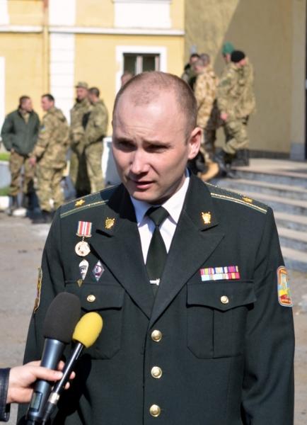 Ужгородський військком Журавльов відбуває в зону АТО