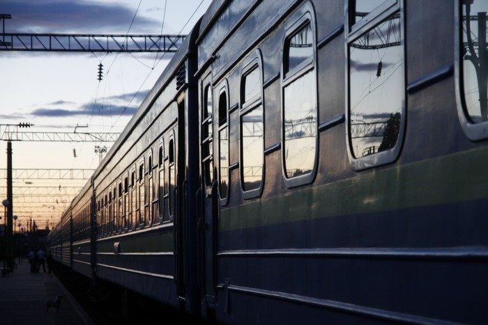 На святкові вихідні в напрямку Закарпаття курсуватимуть три додаткових потяги