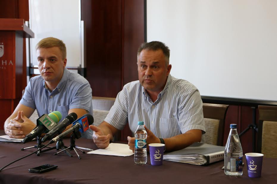 """Власник ужгородського готелю """"Прага"""" готовий компенсувати витрати на лікування людей, що отруїлися в його закладі"""