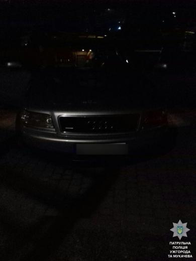 Ужгородські полісмени затримали нетверезого водія з наркотиками