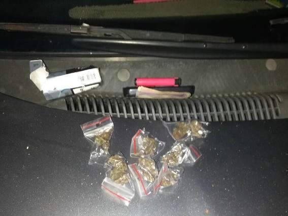 В мукачівського таксиста поліцейські виявили марихуану