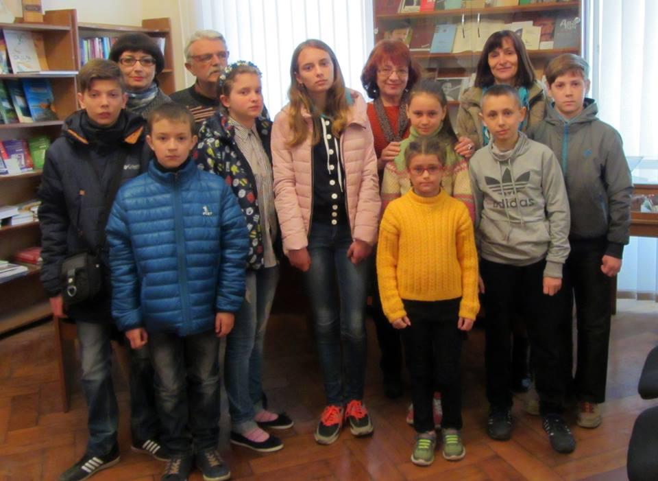 Ужгородці зігріли теплом дітей Луганщини (фото)