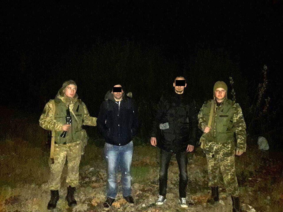 Закарпатські прикордонники затримали нелегалів з Алжиру
