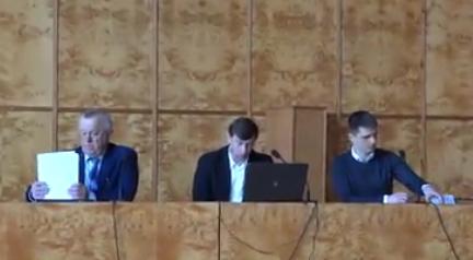 Голова Хустської РДА разом з ляшківцями та опоблоком відмовились визнати агресію Росії (ВІДЕО)