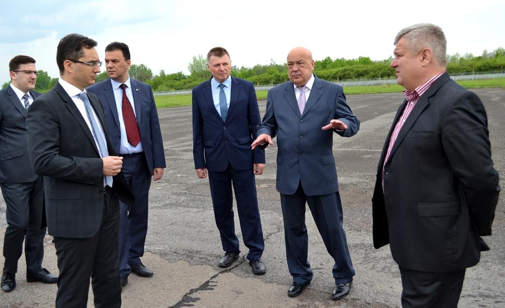 Переговори про Ужгородський аеропорт з угорцями підійшли до фінального етапу