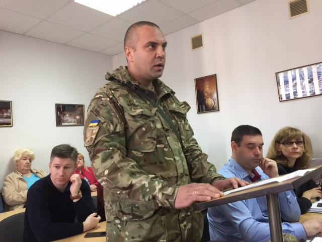 Ужгородський суд задовольнив позов ветерена АТО Мазура до військової прокуратури (документ)