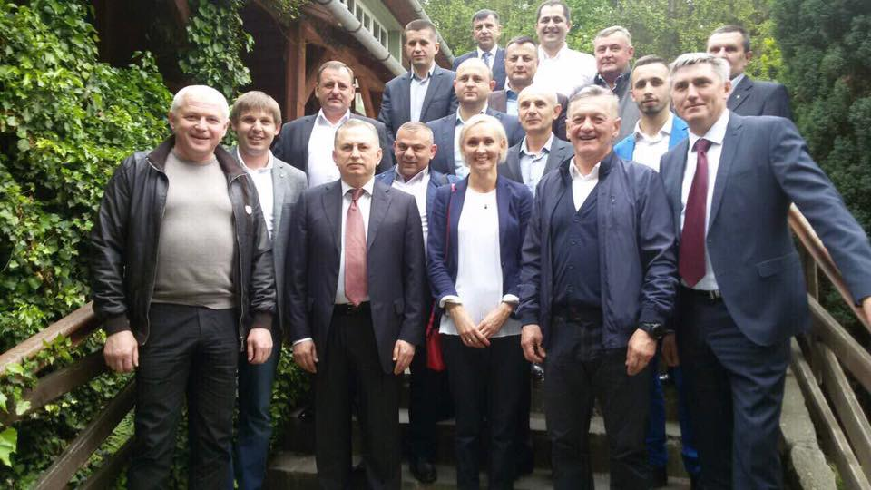 Закарпаття відвідав прем'єр опозиційного уряду екс-регіоналів (фото)