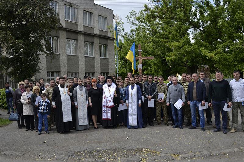 Владика Віктор очолив богослужіння під час громадського відзначення в Ужгороді Дня пам'яті та примирення