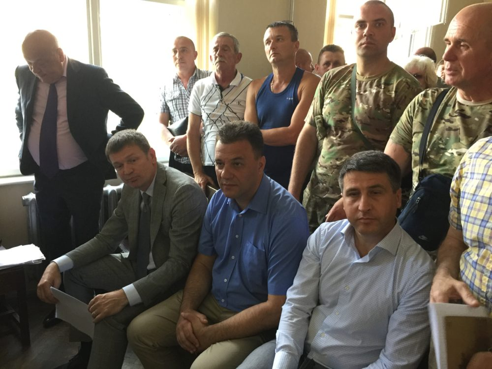Підтримати Самардака в Закарпатський суд прийшли Москаль, Горват і Рівіс (фото)