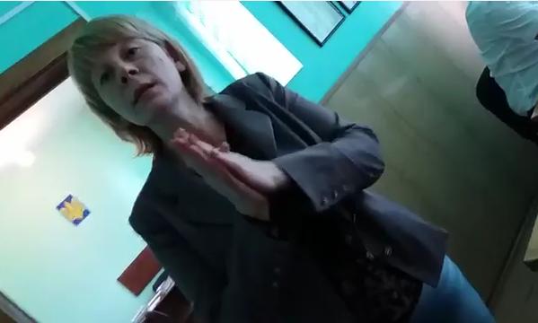 Закарпатська журналістка має намір відправити суддю Дергачову в ЛНР (відео)