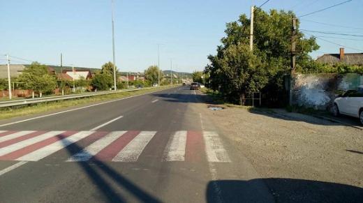 На Ужгородщині автівка збила дитину просто на пішохідному переході