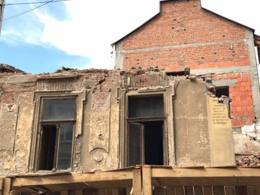 Прокуратура розпочала кримінальне провадження через знищення історичної пам'ятки в Ужгороді