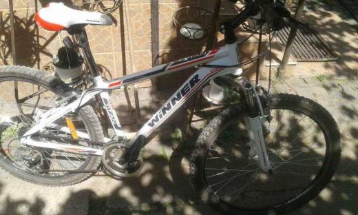 Двоє дорослих мукачівців вкрали велосипеди від школярок (ФОТО)