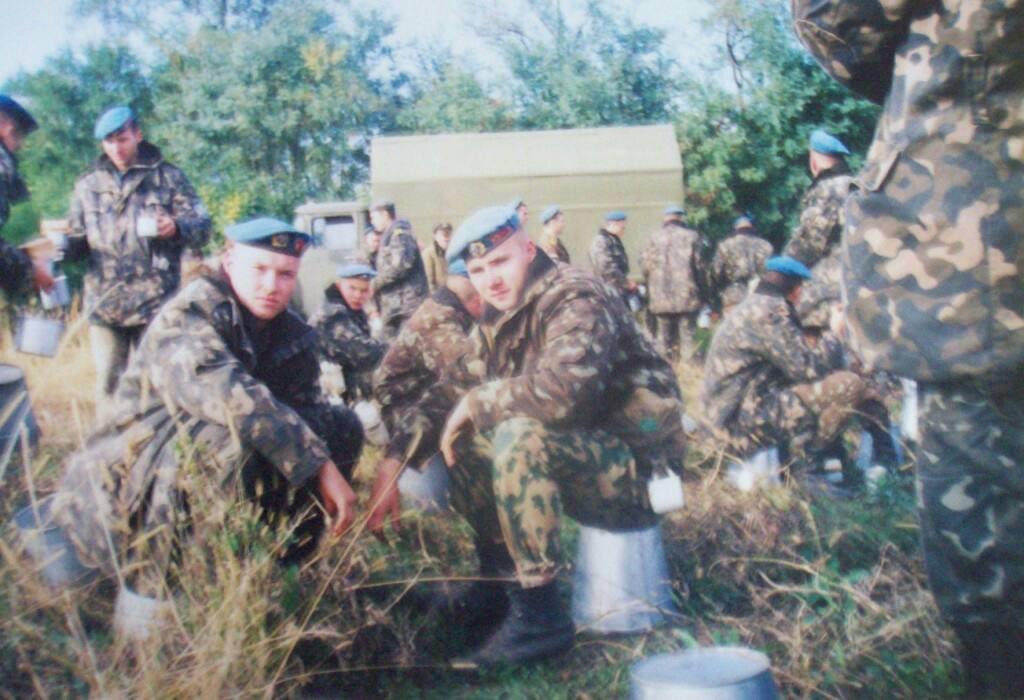 Ужгородський меморіал загиблим атовцям відвідала родина майора Шулікова (фото)