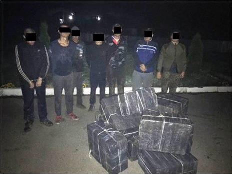 Закарпатські прикордонники затримали групу контрабандистів
