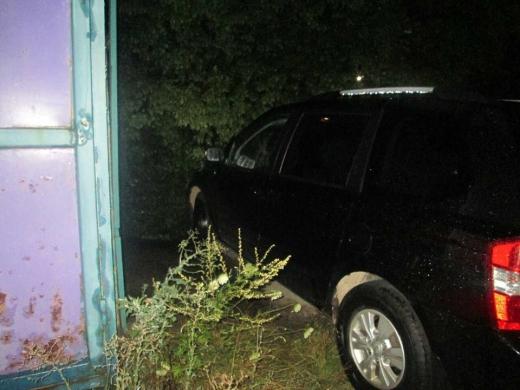 З незачиненої автівки ужгородця вкрали чверть мільйона гривень