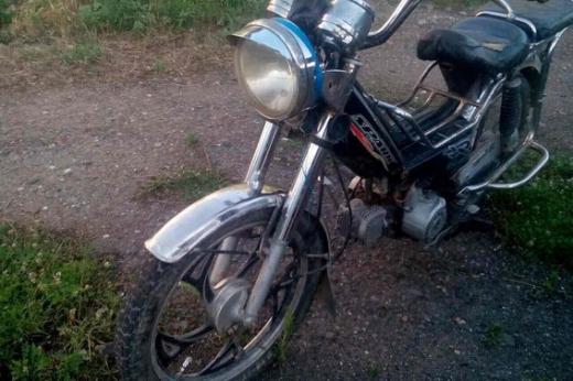 На Мукачівщині підліток на мотоциклі збив жінку і втік