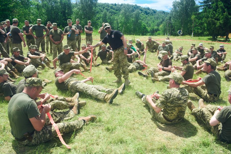 Закарпатські резервісти навчались тактичної медицини та співали пісень (фото)