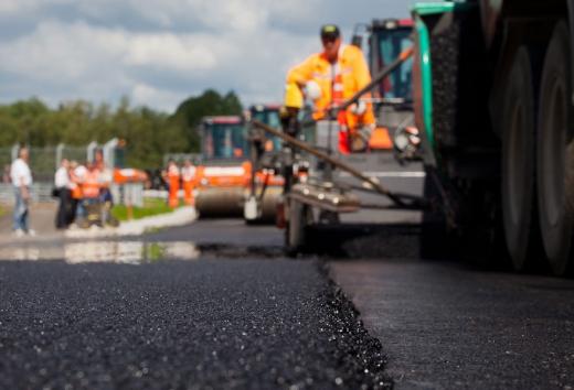 У кількох районах Закарпаття розпочинається капітальний ремонт доріг
