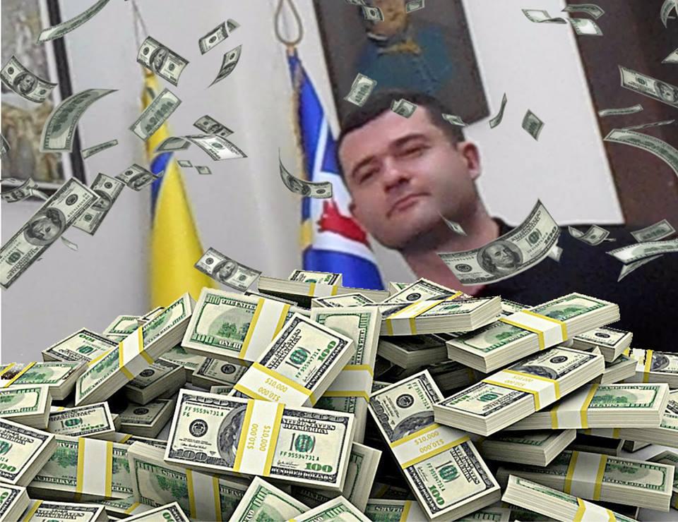 """""""Молоду"""" команду Балоги звинуватили в мародерстві майна громади"""