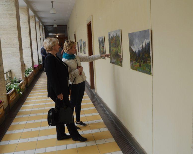 Відомі художники України презентували роботи із закарпатського пленеру в Ужанському нацпарку (відео)