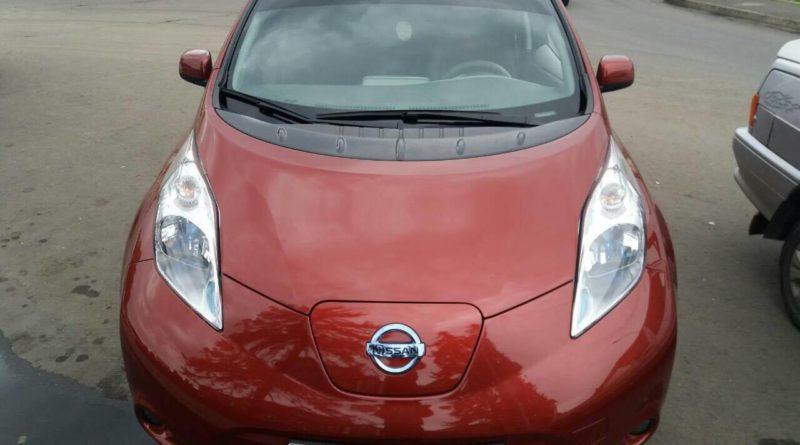 Оренда електромобіля Nissan Leaf для таксі