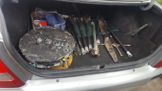 Закарпатські прикордонники знайшли у багажнику автівки гексакоптер, ймовірно причетний до контрабанди