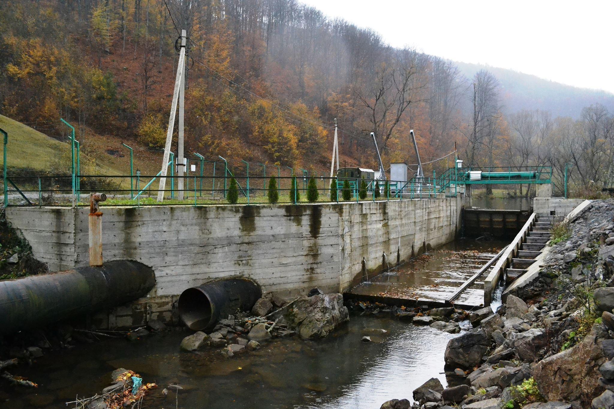 Хто заробляє за «зеленим тарифом» на річках Закарпаття / розслідування