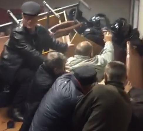 Захисники Коханівського розгромили Святошинський суд Києва (відео)