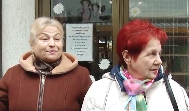 Мукачівці обурені мегазарплатами чиновників міськради (відео)