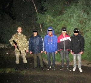 У приватному будинку на Берегівщині ховалися нелегали з В'єтнаму