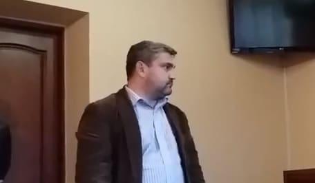 Мукачівський суд розглядає справу щодо перешкоджання професійній діяльності журналіста (відео)